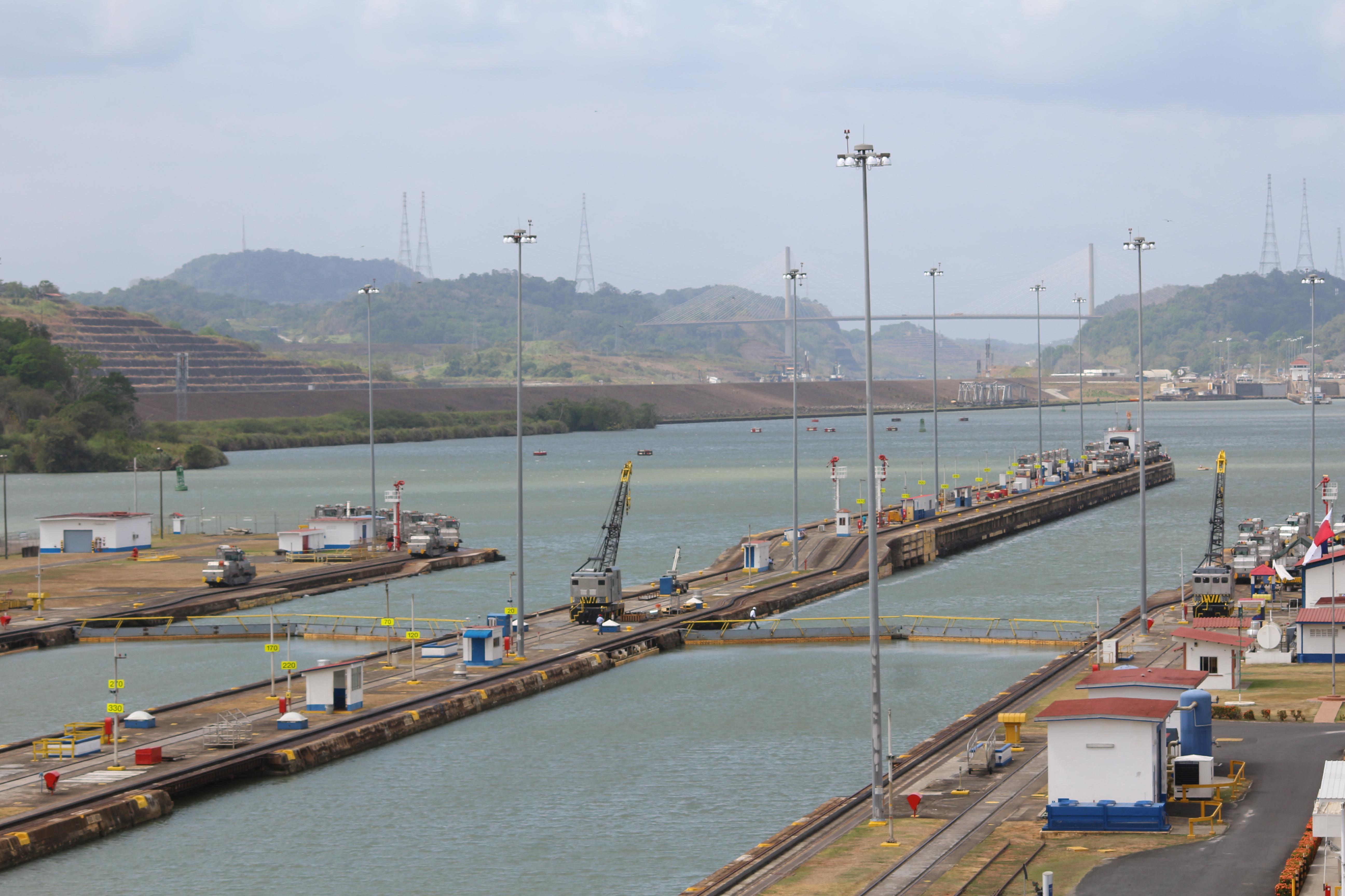 Christian Strassnig berichtet u.a. über Panamas Geschichte und den Bau des Panamakanals.